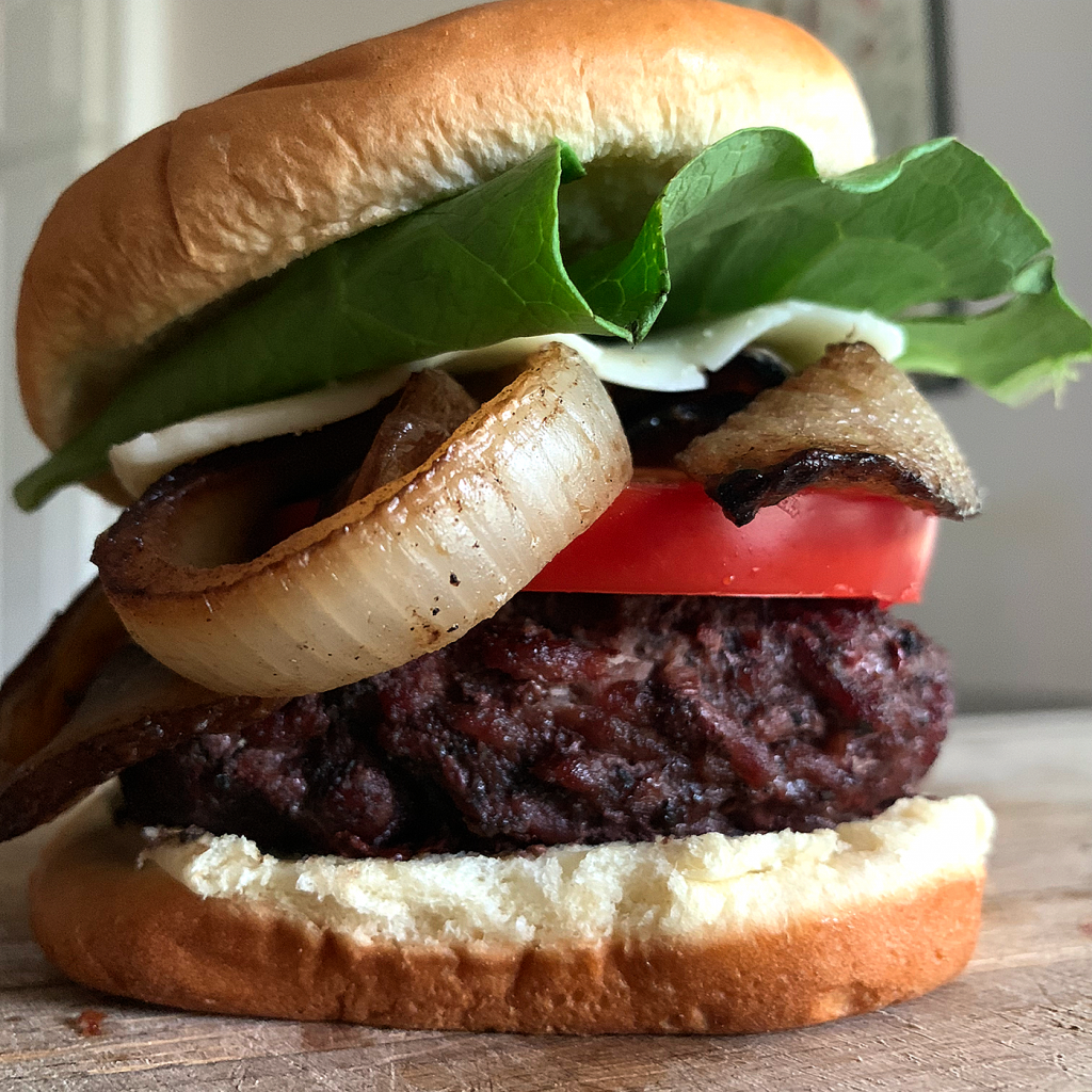 The Breeo Burger puts your ground beef, seasoned with Gaston's Seasoning, on top of hardwood coals ramping up the flavor to an all-time high!
